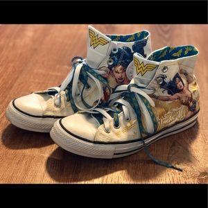 High Top Converse - Wonder Woman